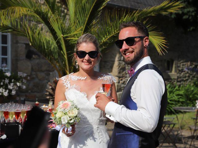Le mariage de Aimé et Marina à La Roche-Maurice, Finistère 75