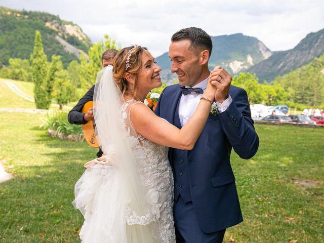 Le mariage de Julien et Déborah à Entrevaux, Alpes-de-Haute-Provence 92