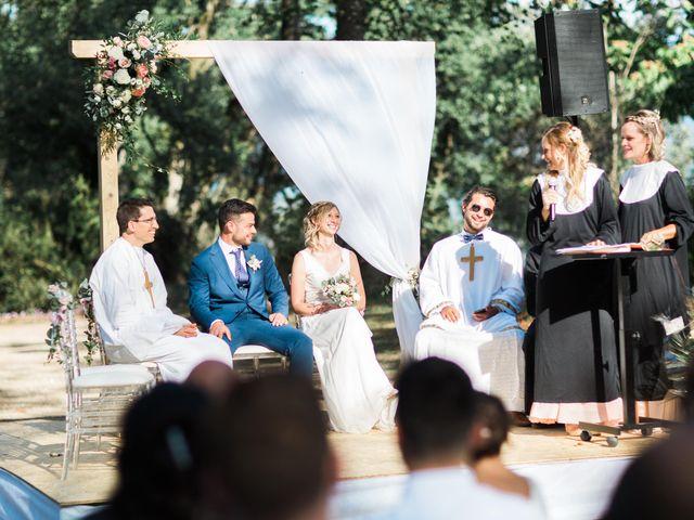 Le mariage de Romain et Coralie à Chatte, Isère 24