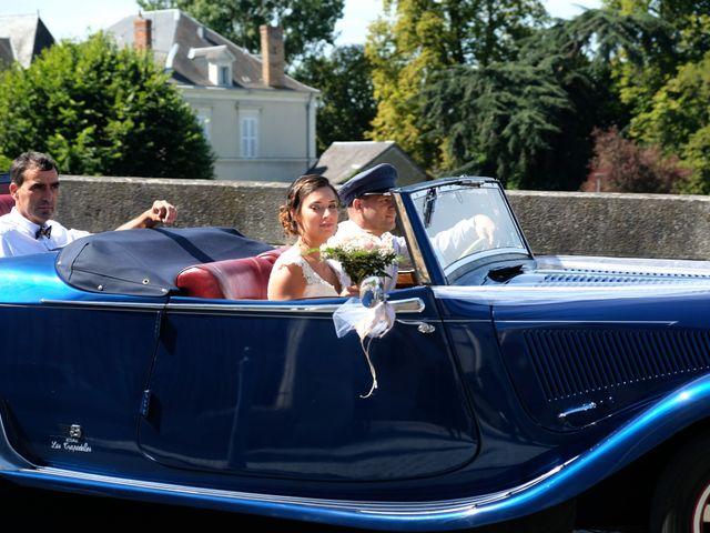 Le mariage de Julien et Cynthia à Soeurdres, Maine et Loire 13