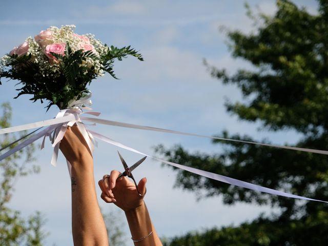 Le mariage de Julien et Cynthia à Soeurdres, Maine et Loire 25