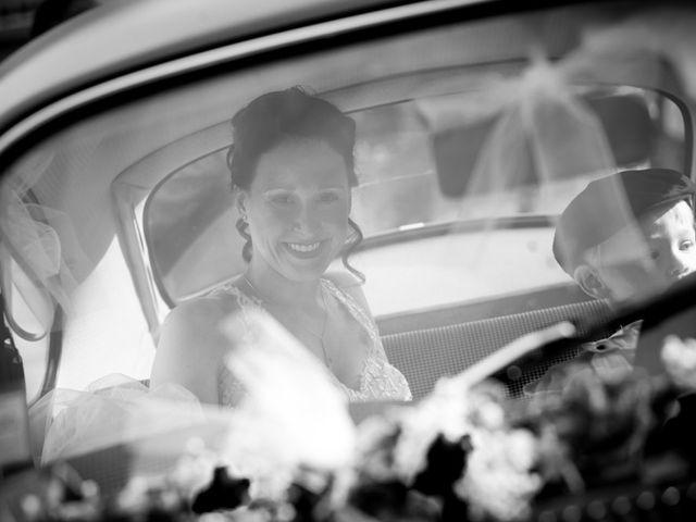 Le mariage de Allan et Betty à Saint-Méen-le-Grand, Ille et Vilaine 15