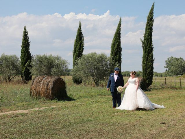Le mariage de Julien et Marine à Marsillargues, Hérault 7
