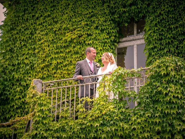 Le mariage de Sébastien et Aurélie à Ollières, Var 15