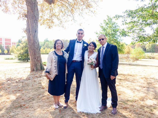 Le mariage de Adil et Alison à Paris, Paris 41
