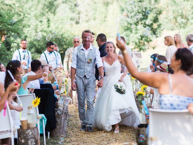 Le mariage de Dimitri et Agnès à Jaillans, Drôme 7