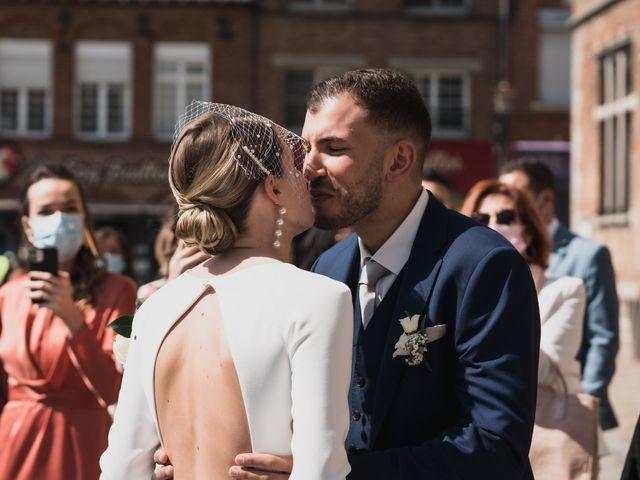 Le mariage de Corentin et Clara à Bailleul, Nord 14