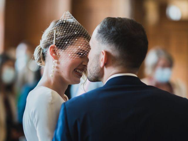 Le mariage de Corentin et Clara à Bailleul, Nord 19