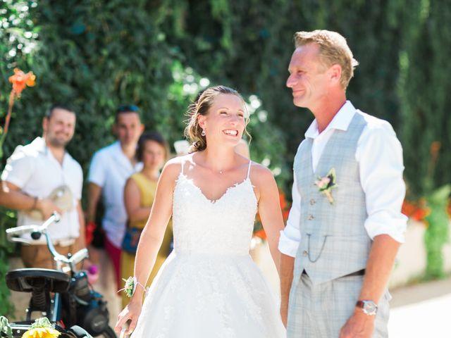 Le mariage de Dimitri et Agnès à Jaillans, Drôme 21