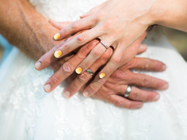 Le mariage de Dimitri et Agnès à Jaillans, Drôme 23