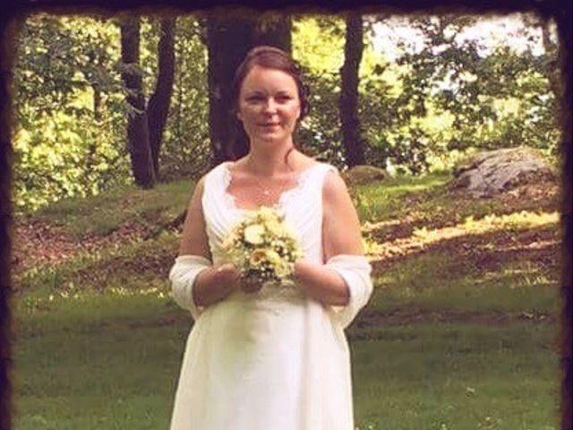 Le mariage de Brendan et Mélinda à Notre-Dame-du-Touchet, Manche 15