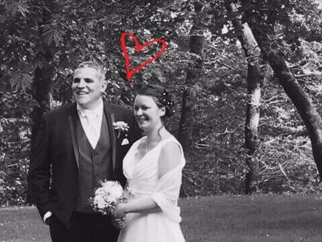Le mariage de Brendan et Mélinda à Notre-Dame-du-Touchet, Manche 17