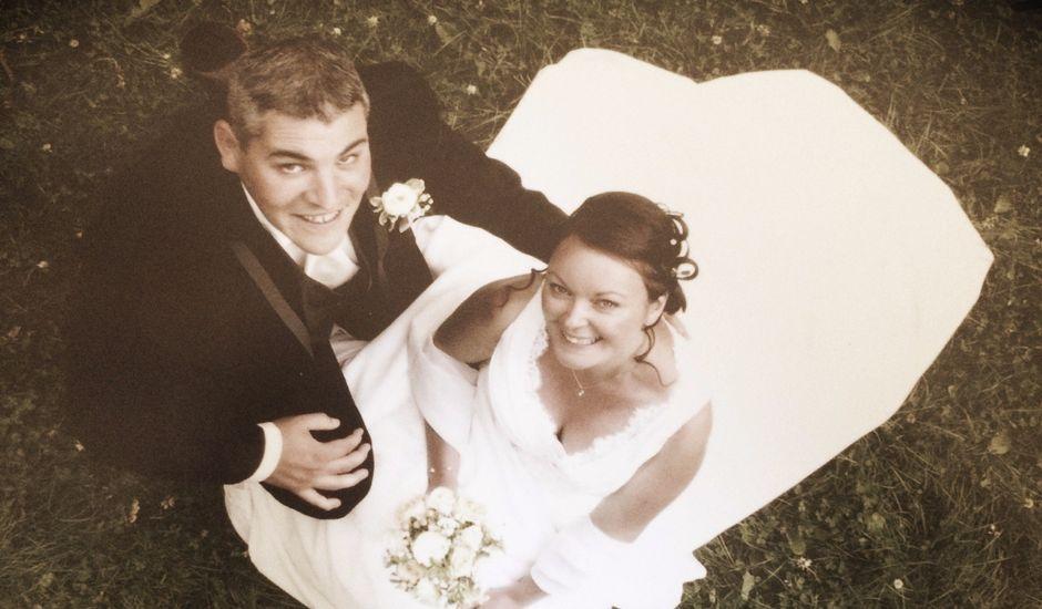 Le mariage de Brendan et Mélinda à Notre-Dame-du-Touchet, Manche