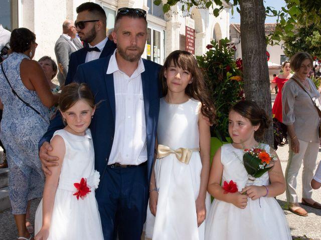 Le mariage de Micka et Emeline à Vars, Charente 7