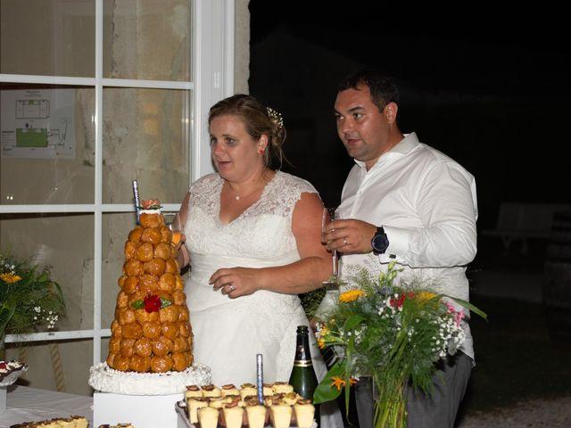 Le mariage de Micka et Emeline à Vars, Charente 38