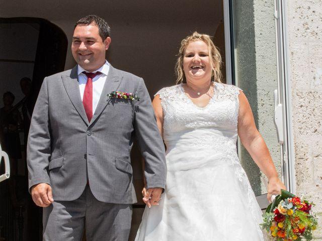Le mariage de Micka et Emeline à Vars, Charente 56