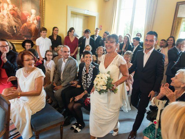 Le mariage de Victor et Corinne à Bois-d'Arcy, Yvelines 12