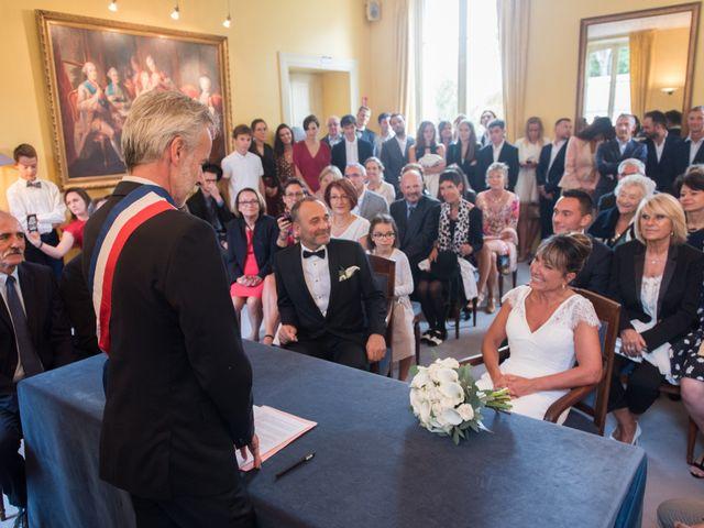 Le mariage de Victor et Corinne à Bois-d'Arcy, Yvelines 13