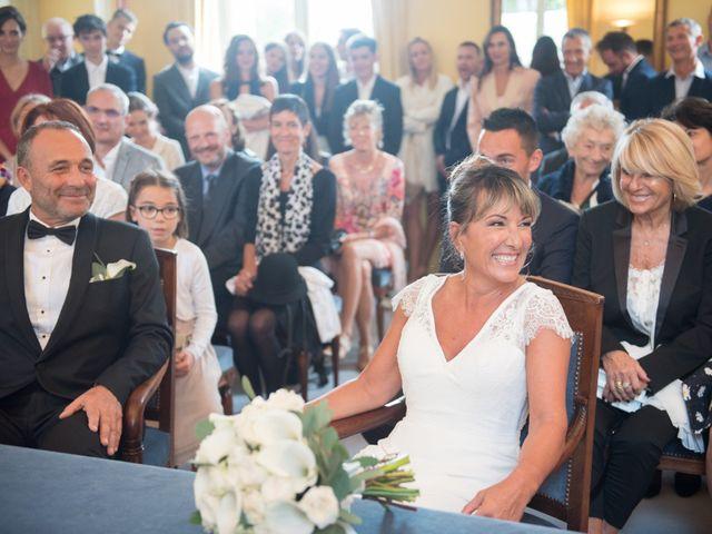 Le mariage de Victor et Corinne à Bois-d'Arcy, Yvelines 14