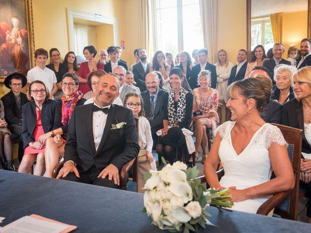 Le mariage de Victor et Corinne à Bois-d'Arcy, Yvelines 17