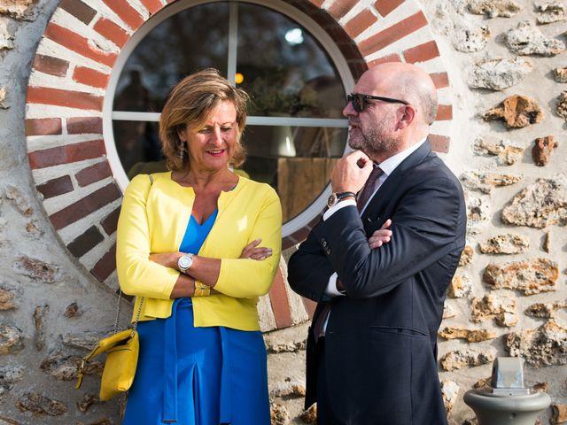 Le mariage de Victor et Corinne à Bois-d'Arcy, Yvelines 41