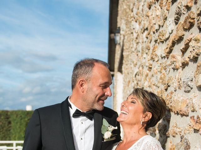 Le mariage de Victor et Corinne à Bois-d'Arcy, Yvelines 1