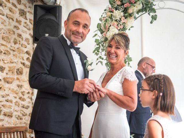 Le mariage de Victor et Corinne à Bois-d'Arcy, Yvelines 53