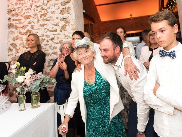 Le mariage de Victor et Corinne à Bois-d'Arcy, Yvelines 92