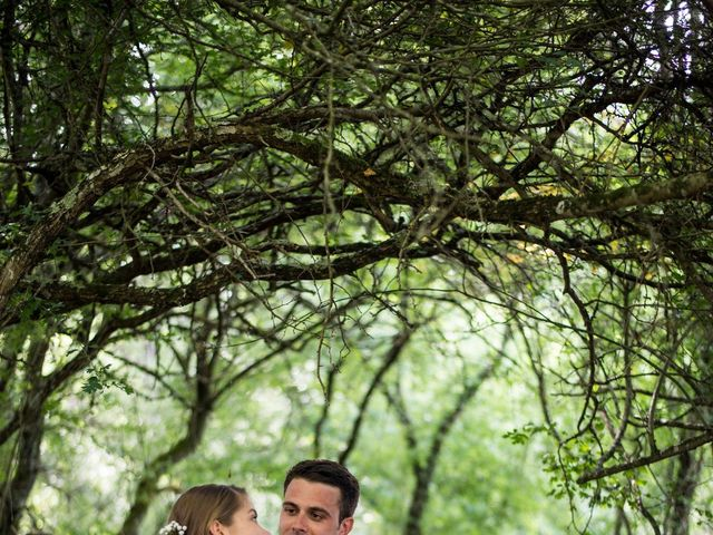 Le mariage de Mathieu et Sixtine à Chalais, Charente 26