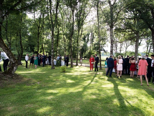Le mariage de Mathieu et Sixtine à Chalais, Charente 33