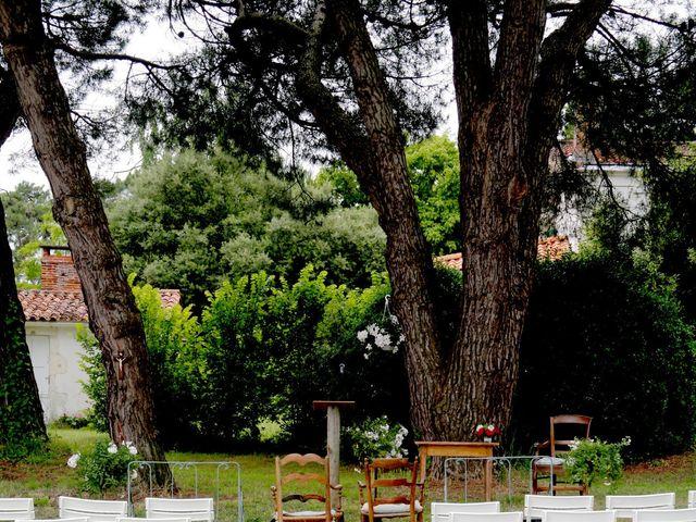 Le mariage de Mathieu et Marie à Ronce-les-Bains, Charente Maritime 56