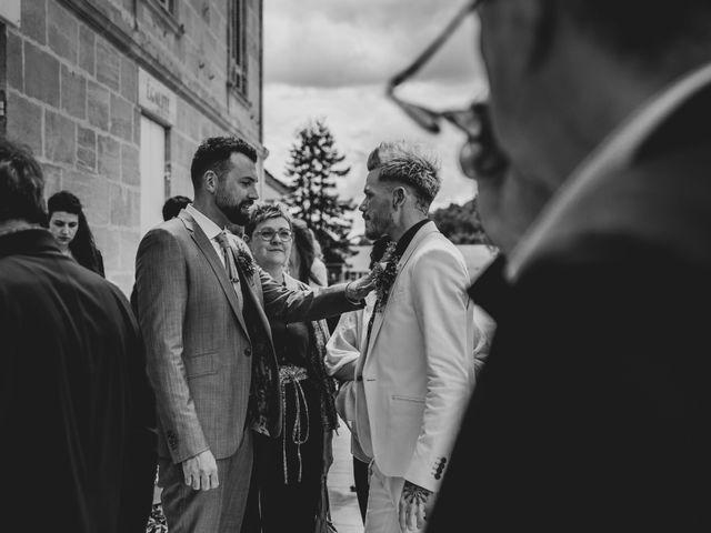 Le mariage de Jérôme et Odran à Izon, Gironde 36