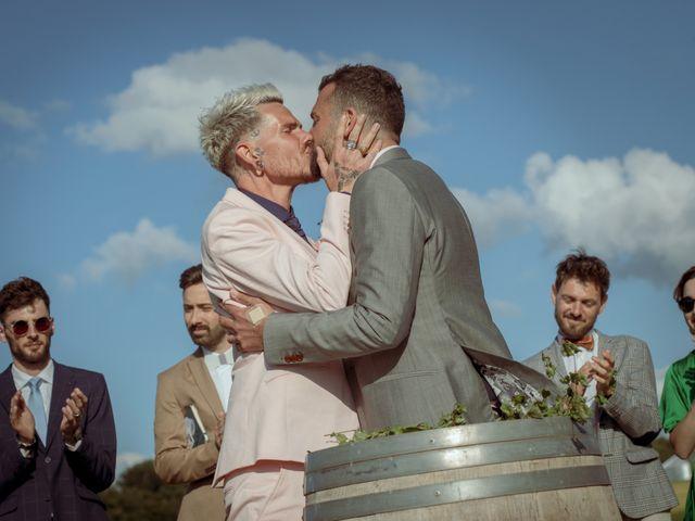 Le mariage de Jérôme et Odran à Izon, Gironde 59