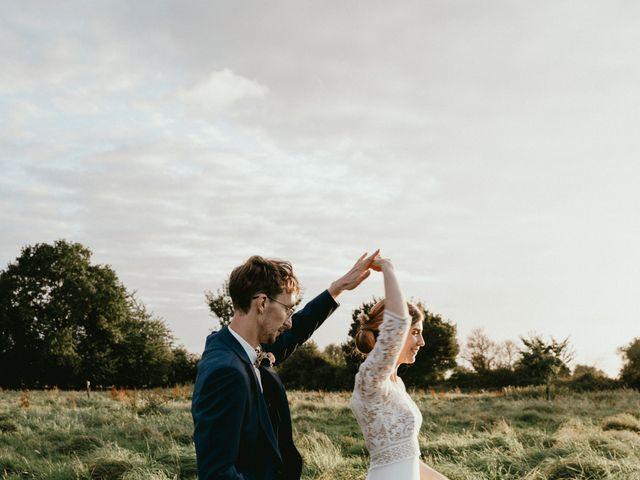 Le mariage de Thomas et Clotilde à Saint-Ouen-du-Mesnil-Oger, Calvados 5