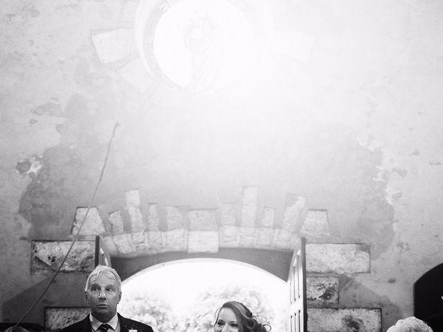 Le mariage de Kevin et Nadège à Paron, Yonne 18