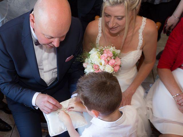 Le mariage de Ludovic et Stephanie à Autheuil, Eure-et-Loir 6