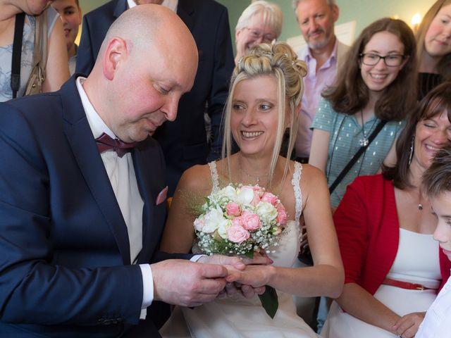 Le mariage de Ludovic et Stephanie à Autheuil, Eure-et-Loir 7