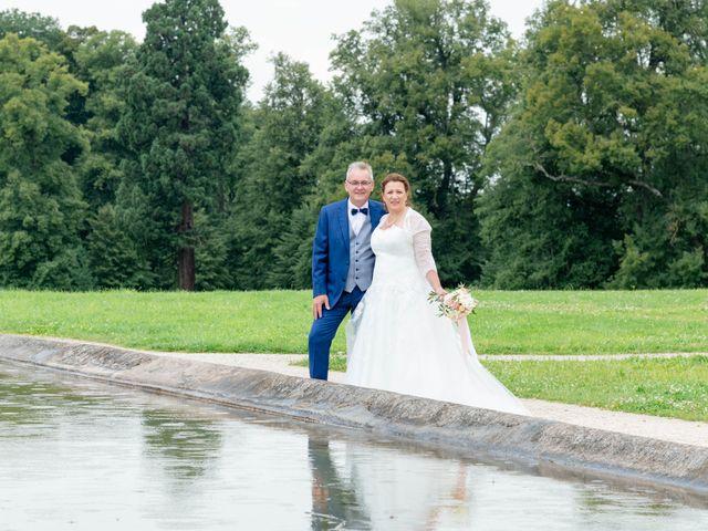 Le mariage de Denis et Séverine à Bussy-Saint-Martin, Seine-et-Marne 10
