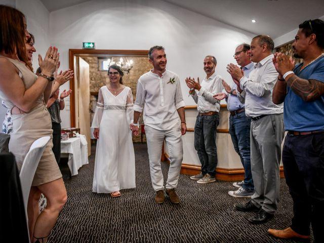 Le mariage de Laurent et Stella à Benassay, Vienne 35