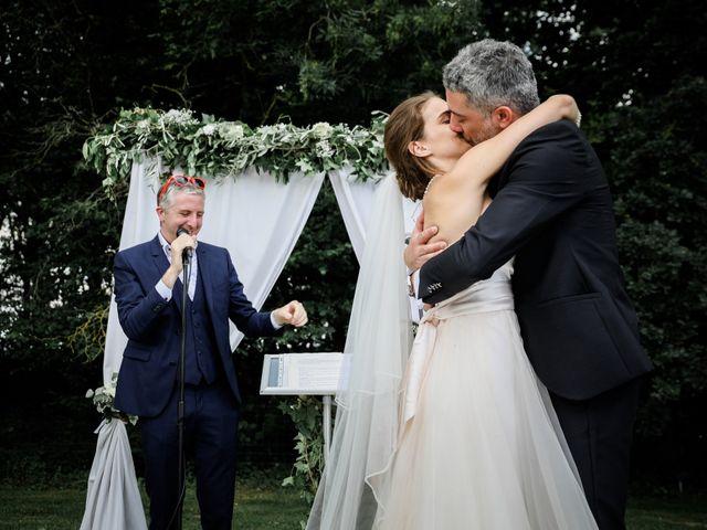 Le mariage de Raphaël et Chloë à Vic-sur-Aisne, Aisne 51