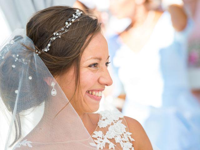 Le mariage de Loic et Kahina à Vitrolles, Bouches-du-Rhône 28