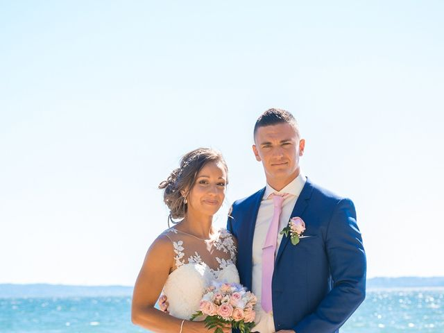Le mariage de Loic et Kahina à Vitrolles, Bouches-du-Rhône 33