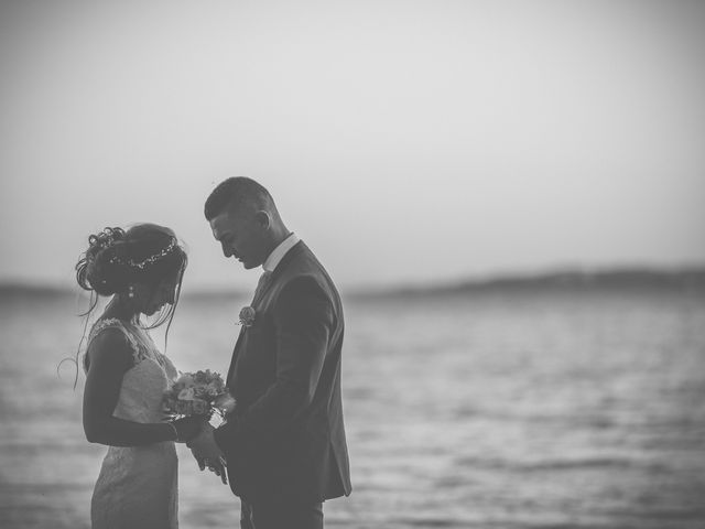 Le mariage de Loic et Kahina à Vitrolles, Bouches-du-Rhône 46