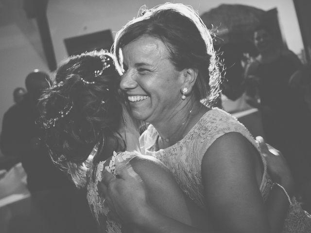 Le mariage de Loic et Kahina à Vitrolles, Bouches-du-Rhône 48