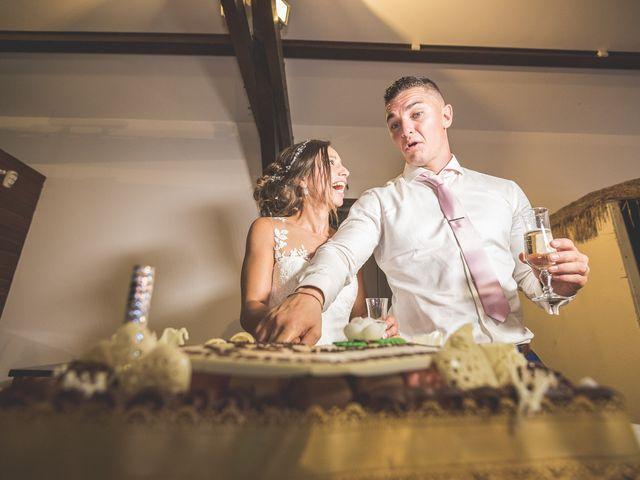 Le mariage de Loic et Kahina à Vitrolles, Bouches-du-Rhône 52