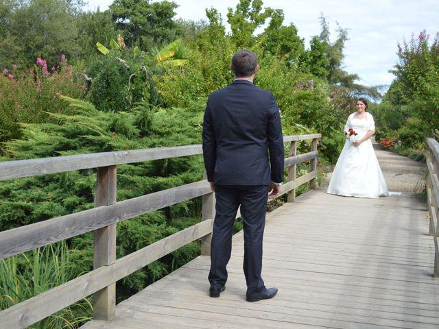 Le mariage de Mélody et Thomas à Sainte-Eulalie-en-Born, Landes 9