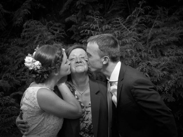 Le mariage de Pierre-Antoine et Anne-Lucie à Estrées-Saint-Denis, Oise 45