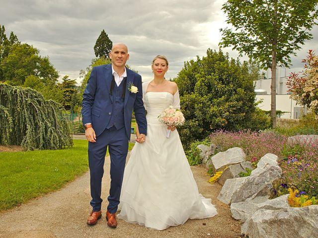 Le mariage de Bécherqui et Laura à L'Horme, Loire 6
