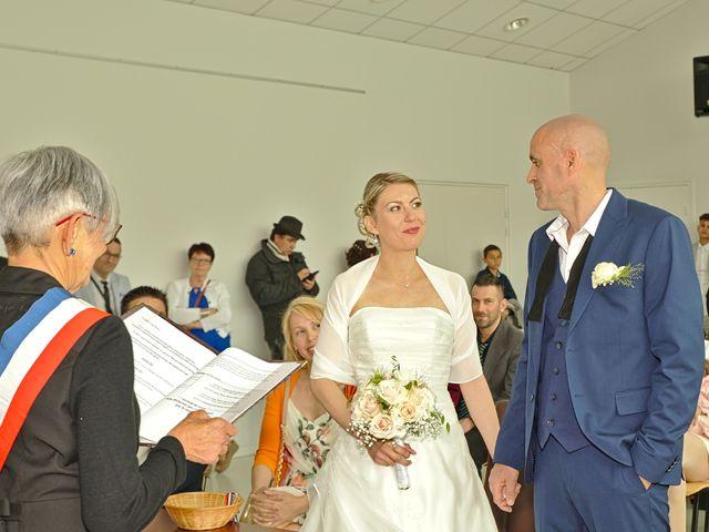 Le mariage de Bécherqui et Laura à L'Horme, Loire 14
