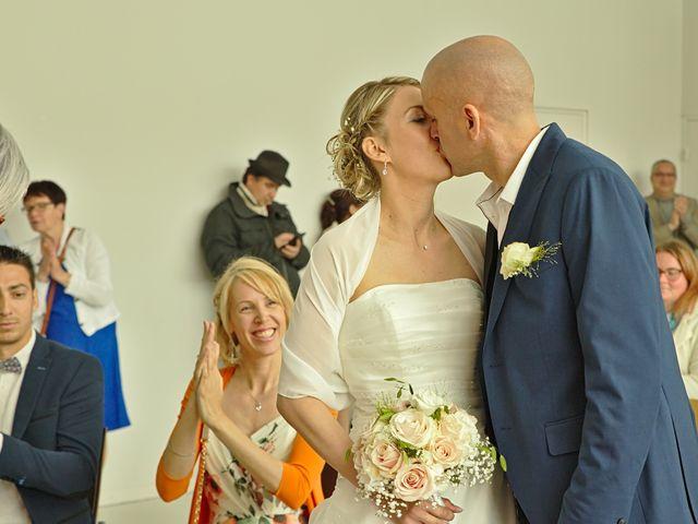 Le mariage de Bécherqui et Laura à L'Horme, Loire 15